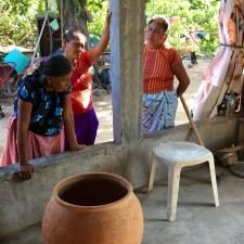 Reconstruir los hornos donde las mujeres istmeñas cocinan su autonomía