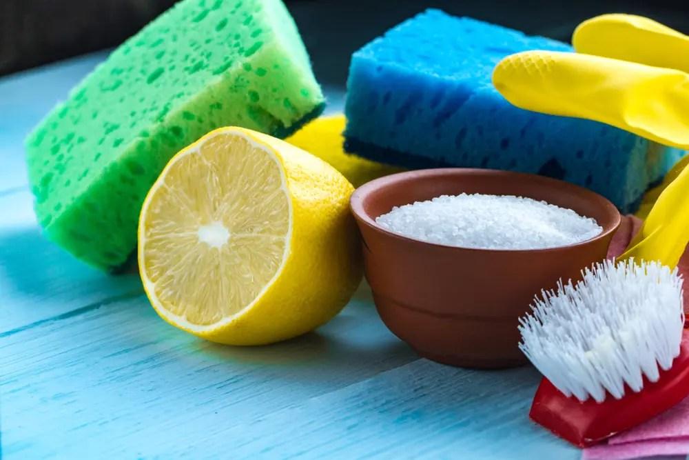 掃除用洗剤として使うクエン酸粉末