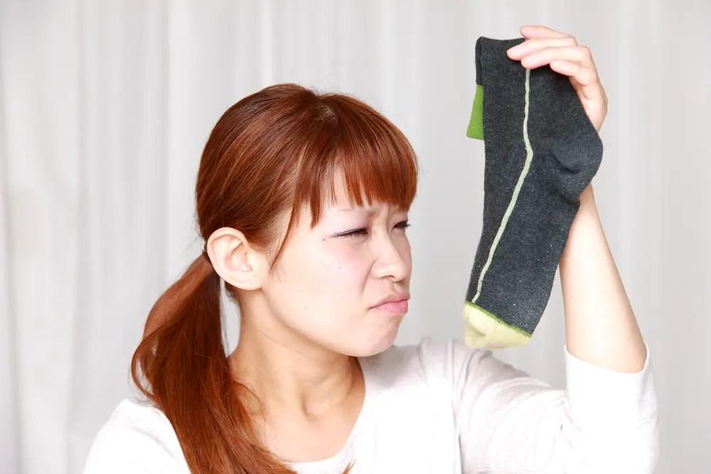 洗濯しても臭いがとれない靴下