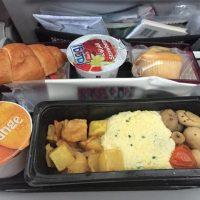 【節約ヨーロッパ旅行】カタール航空を使ってみたレポート♡機内食やサービスの様子も!