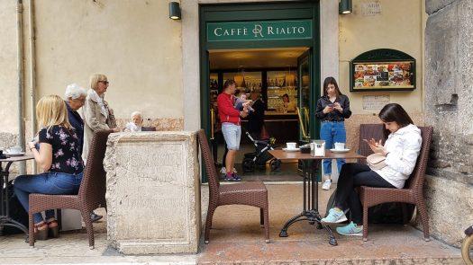 Verona Caffe Rialto plus tomb