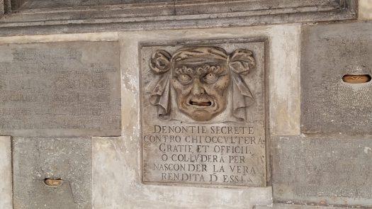 Per Donontie Segrete, Venice