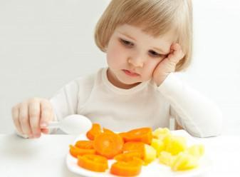 Child hates eating carrots