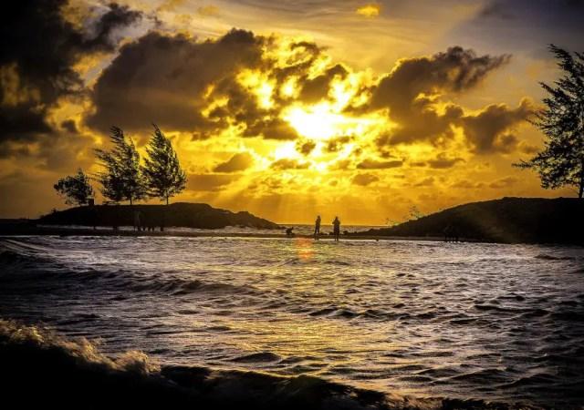 A sunset view of Tanjung Batu*.