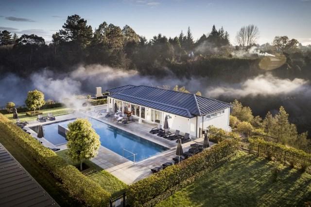 Hilton Lake Taupo Pool View Eco Green Travel