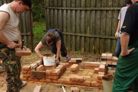 Как правильно построить мангал?
