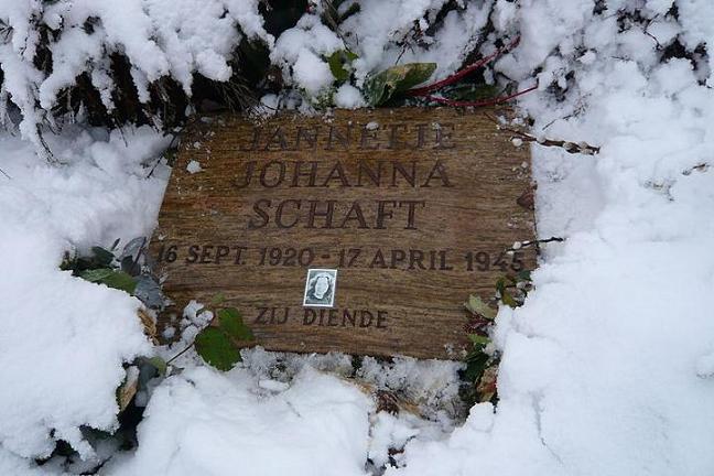 Grafsteen Hannie Schaft