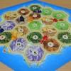 全世界で大人気!戦略、交渉、運、全てが詰まったボードゲーム「カタンの開拓者たち」