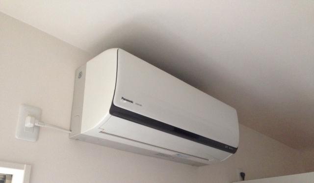 エアコンが効かない!故障じゃないのにエアコンが効かない時の理由と対処法