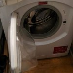 ヨーロッパの洗濯機は色分けして洗濯。やらないと大変なことに…。