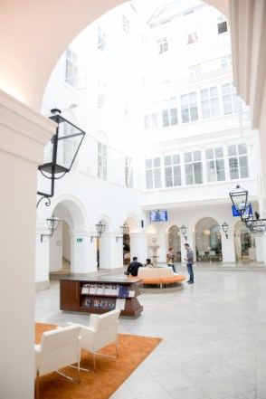 webster_university_atrium