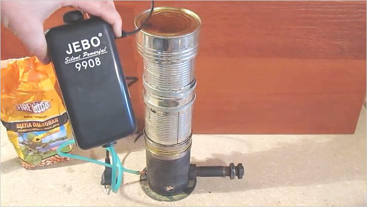 煙発生器の運転のために、水族館のための十分な圧縮機