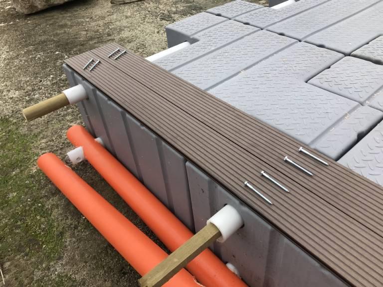 Συναρμολογούμενες πλωτές εξέδρες & προβλήτες θαλάσσης
