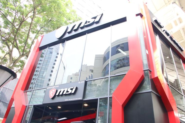 MSI-GAMING-Flagship-Store-KL-003