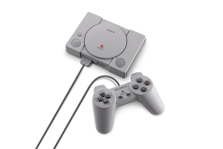 PlayStationClassic_01