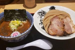松戸富田麺業 千葉駅構内にある 太つけ麺のお店