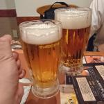 冷たいビール で乾杯 !