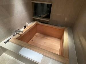 ガバナーズスイートの風呂