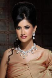 Pearl Necklace Set by Kalajee