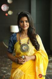 Actress Aishwarya Rajesh Photos