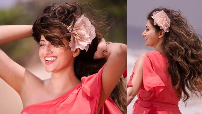 Actress Hamsa Nandini Photos