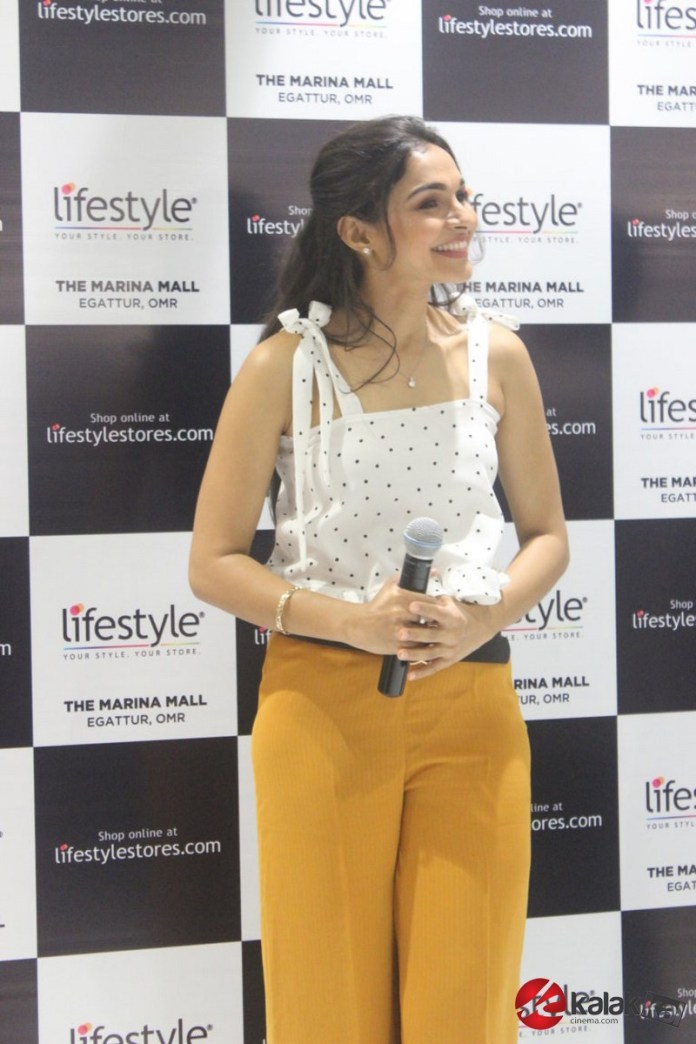 Andrea Jeremiah at the launch of Lifestyle's New Store Photos