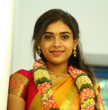 Actress Dushara Stills