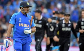 BCCI is Giving Dhoni a Crisis : Sports News, World Cup 2019, Latest Sports News, World Cup Match, India, Sports, Latest News, MS.Dhoni