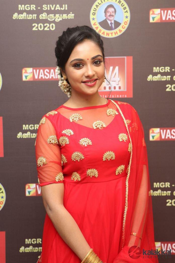 V4 MGR Sivaji Academy V4 MGR Sivaji Academy Awards 2020 Photos wards 2020 Photos