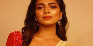 Malavika Mohanan Photos in Saree