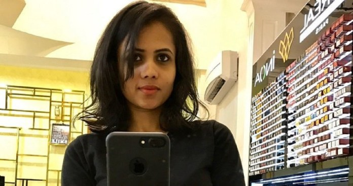 Manimegalai New Look After Village Travel