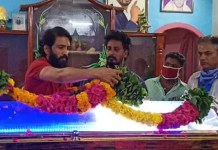 Santhanam in His Fan's Father Death