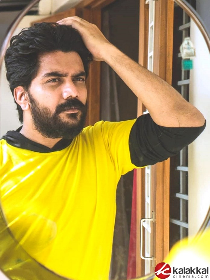 Bigg Boss Fame Actor Kavin New Look Photos
