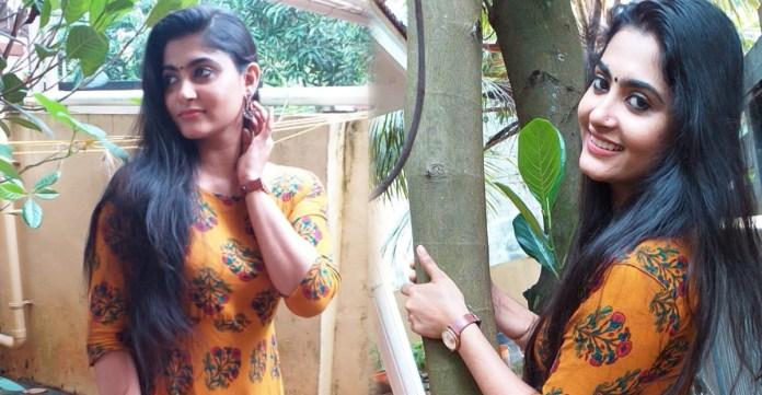 Pubg Actress Anithra Nair Photos