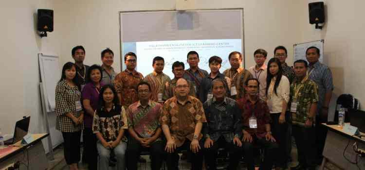 Pelatihan ICT Learning Center bersama Trampil