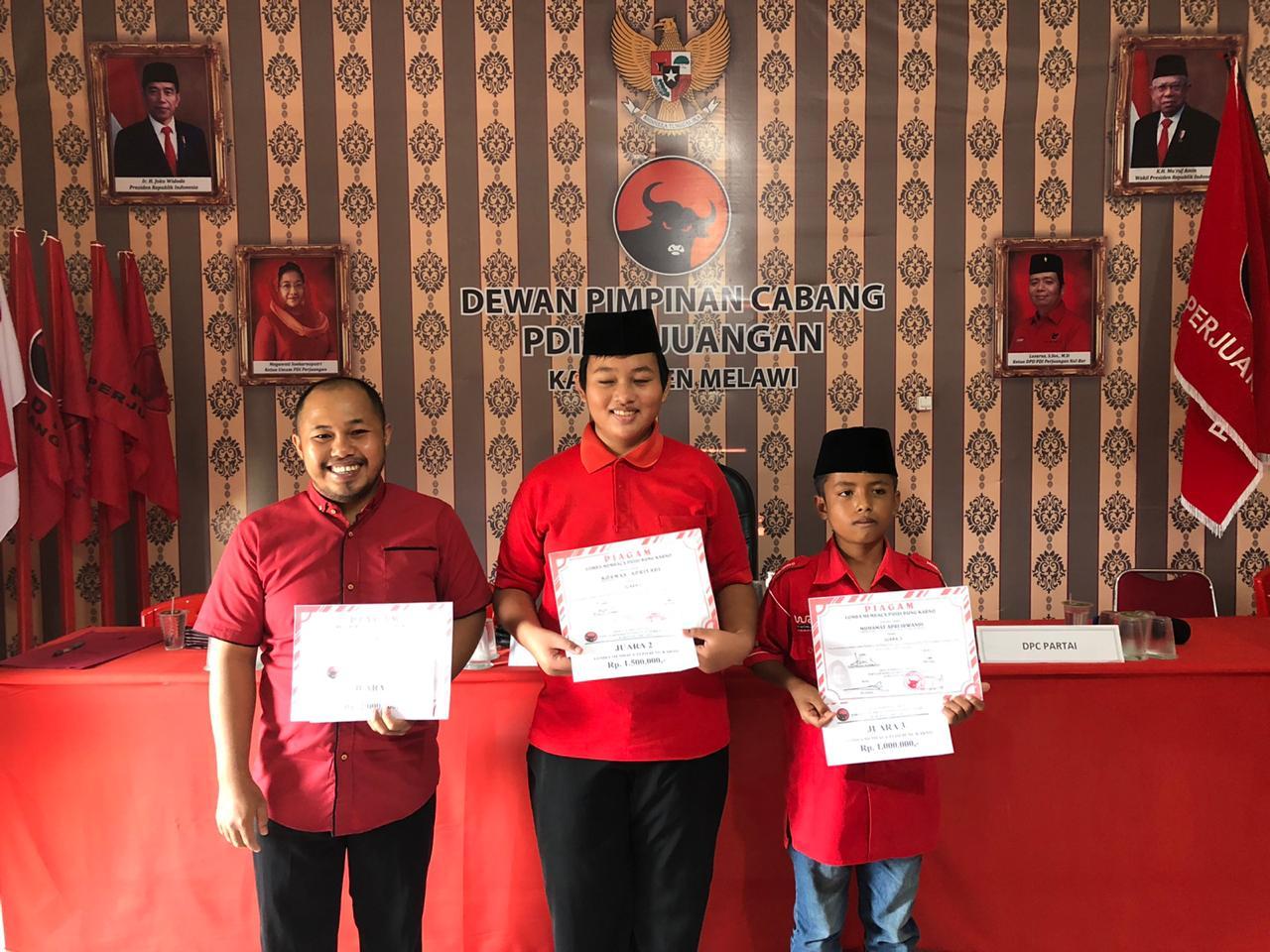 PDIP Melawi Bagikan Hadiah ke Pemenang Lomba Video Puisi Bung Karno