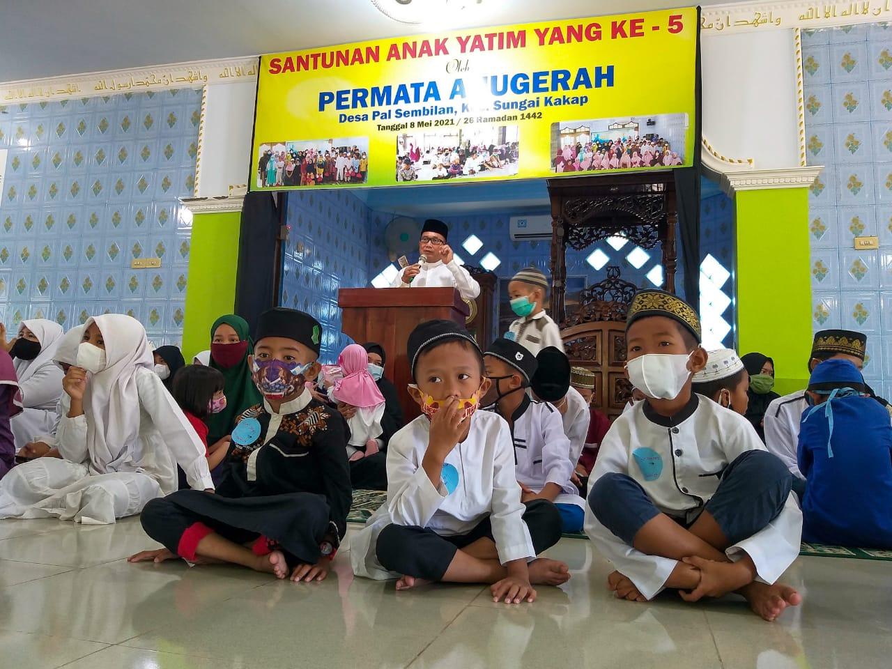 Himpun Dana Ratusan Juta untuk Santuni Anak Yatim, Wabup Sujiwo Apresiasi Permata Anugerah