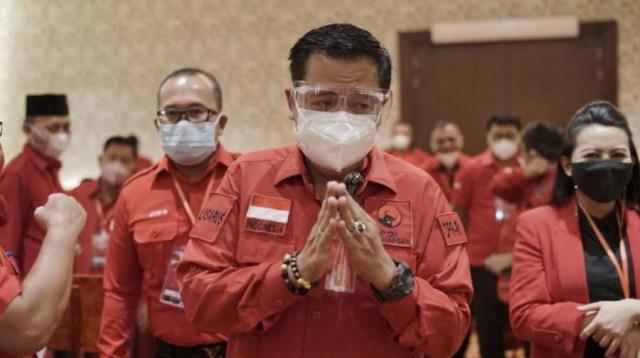 Ketua DPD PDI Perjuangan Kalbar sekaligus Ketua Komisi V DPR RI Lasarus