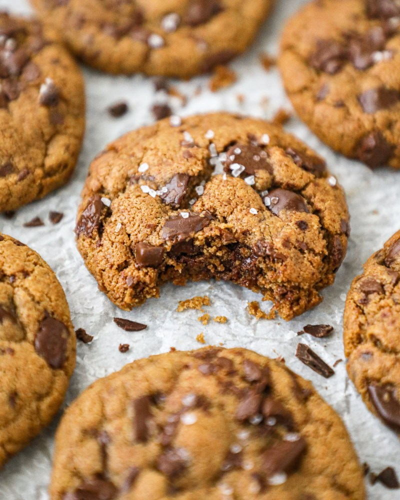 Rich, decadent and loaded with chocolate chips! These delicious almond butter cookies are the perfect healthy spin on your favorite chocolate chips cookies!