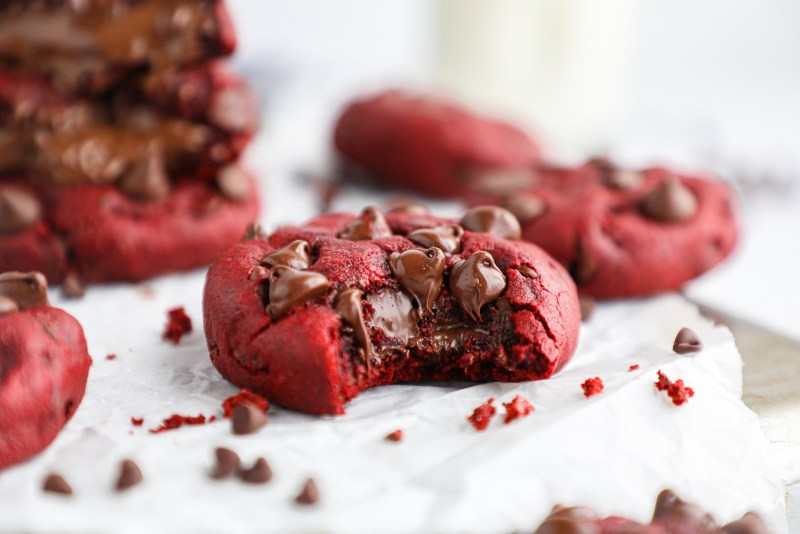 These rich and decadent cookies are perfect for holiday parties, cookie exchnages or even for Valentine's Day! They're so simple and no one will ever guess they're healthier for you too!