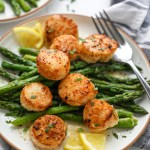 Lemon, garlic, butter and a little bit of fresh basil are all you need to make this tasty dish! These scallops would be perfect for an anniversary or even a fancy dinner in.
