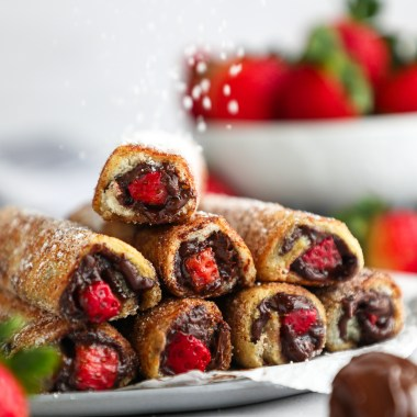 These french toast roll ups are the perfect breakfast for Valentine's Day! They're rich, decadent, so easy to make and so much fun too!