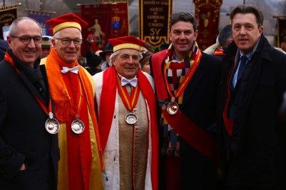 Dominique Juillot, les Chevaliers du Tastevin, Amaury Devillard Président du Comité d'organisation de la Saint-Vincent tournante 2017, Christophe Hannecart, Maire de Saint-Martin-sous-Montaigu