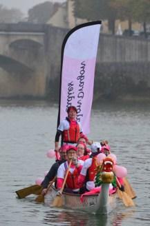 Les dragons Ladies sur les flots de la Saône
