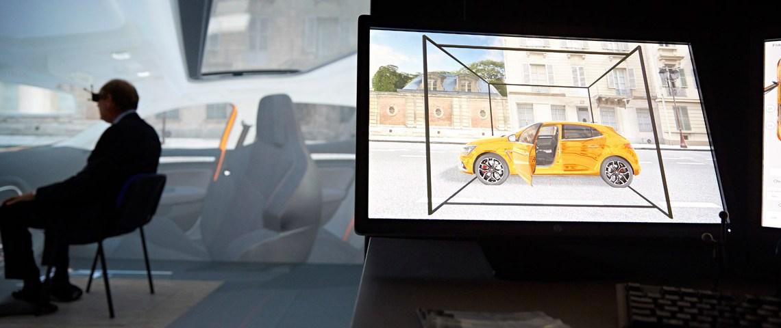 Le président du Grand Chalon essaye le caisson d'immersion réalité virtuelle
