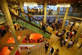 hall-espace-des-arts®Jean-Luc-Petit