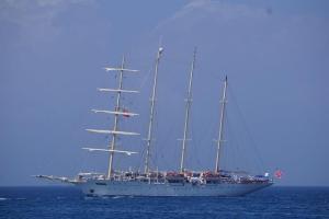 Luxus - 4-Master Kreuzfahrschiff