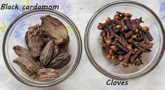 Goda Masala-Cardamom-cloves