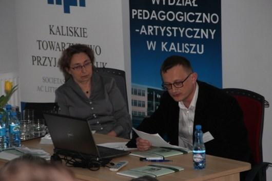 Z obrad Sesji II, prowadzonej przez prof. Agnieszkę Zabłocką-Kos. Referat wygłasza dr Marek Czapelski.