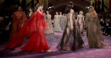 LIVE: Η επίδειξη μόδας του Dior στο Καλλιμάρμαρο